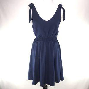 Stitch Fix Olive & J Navy Blue Tied Sleeve Dress L